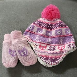 Infant North Face Hat and Mittens